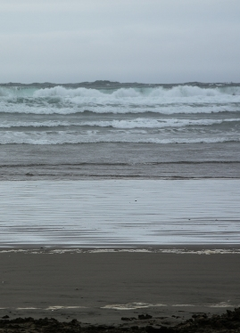Sea Conditions: Small surf with larger swells