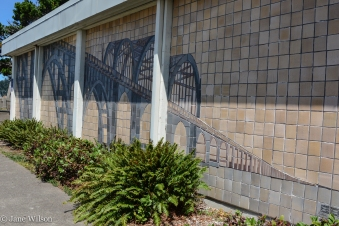 Alsea_Bay_Bridge_Mural_02