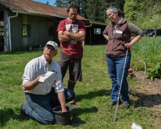 TSWCD_Sustainable_Soil_Workshop_04-20-15_102