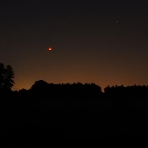 09-27-15-lunar_eclipse_a