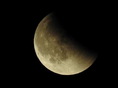 09-27-15-lunar_eclipse_f