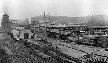 O-A Lumber Co., 1927 Oregon-American mill at Vernonia, 1927. Photo Harold Brown, courtesy Ed Kamholz